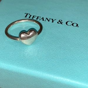 Tiffany & Co. Wire Heart Sterling Silver Ring